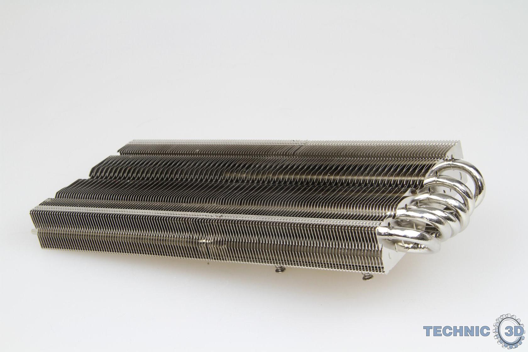 RaiJintek Morpheus VGA-Kühler auf AMD Radeon R9 290X im