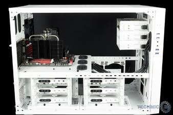 thermaltake core x9 snow edition gehause im test 4